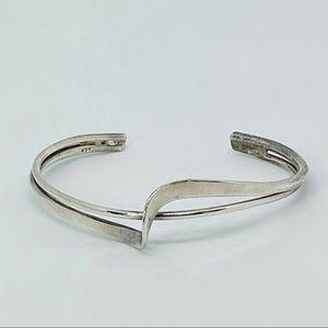 Jewelry - Art Deco 925 Silver Ribbon Twist Cuff Bracelet